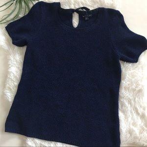 Gap short sleeve sweater size large